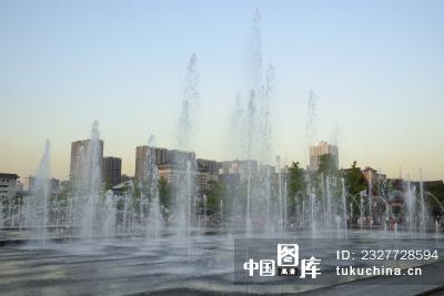 西安大雁塔喷泉