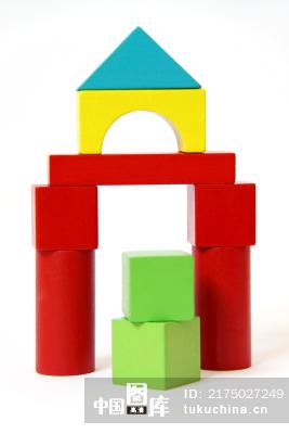 儿童玩具积木搭成的城堡