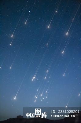 星空和流星雨图片